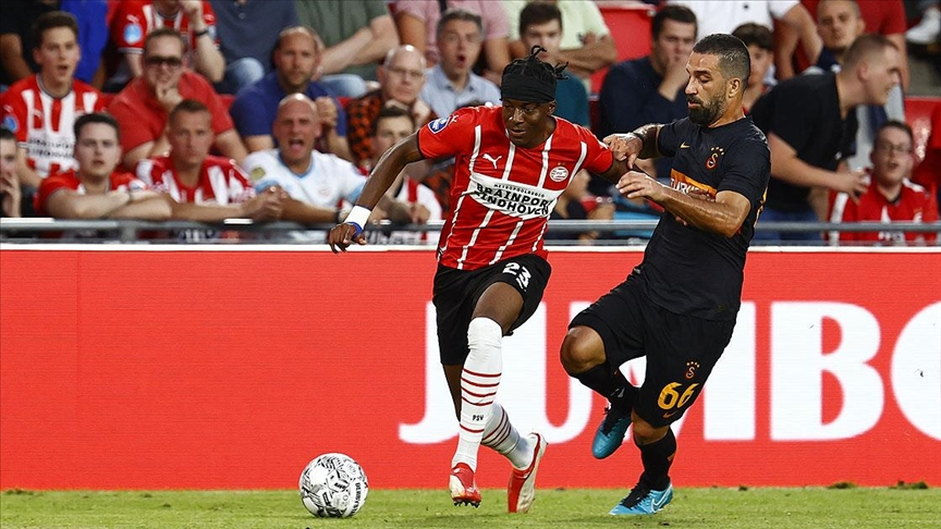 Galatasaray, PSV Eindhoven'e farklı yenildi!