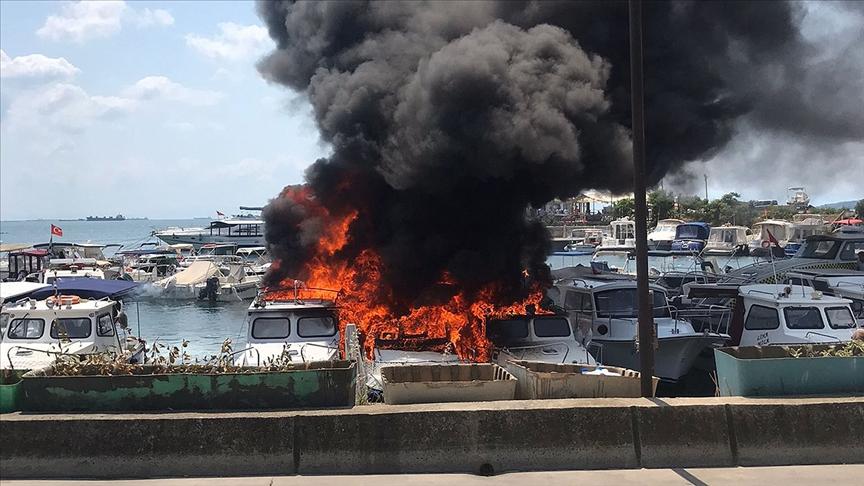 Kartal'da yangında 9 tekne hasar gördü!