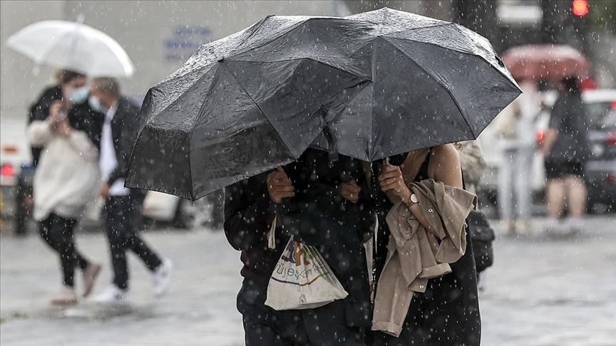 Erzurum, Erzincan Kars ve Ardahan'da gök gürültülü sağanak bekleniyor