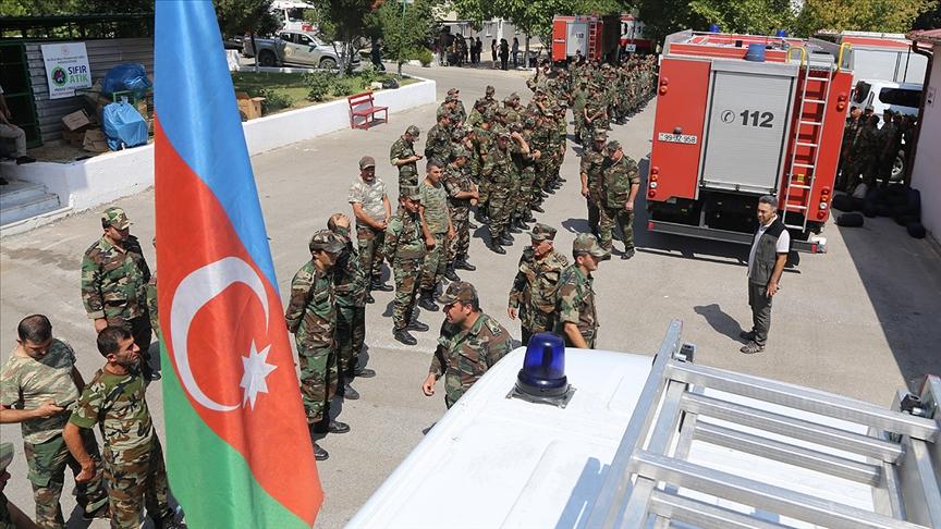 Azerbaycan, orman yangınlarına müdahale için Türkiye'ye üçüncü ekibi gönderdi