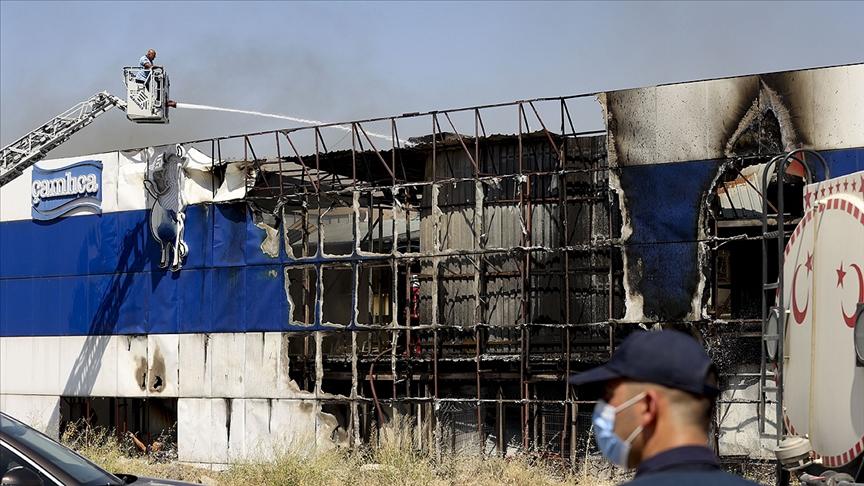 Başkentte işletilmeyen ayran fabrikasında çıkan yangın hasara neden oldu
