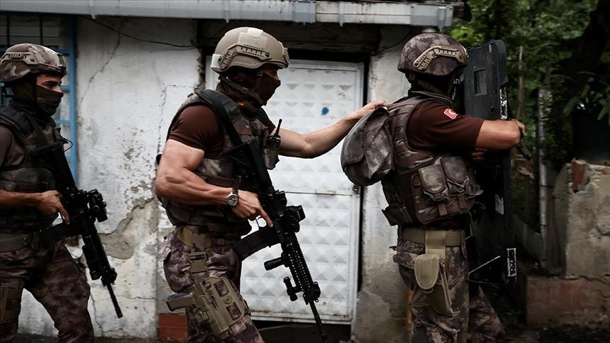 İstanbul polisi uyuşturucu satıcılarına geçit vermedi!
