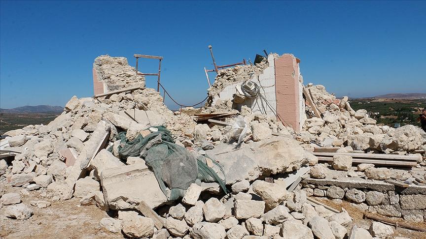 Girit Adası'nda 5,8 büyüklüğünde deprem