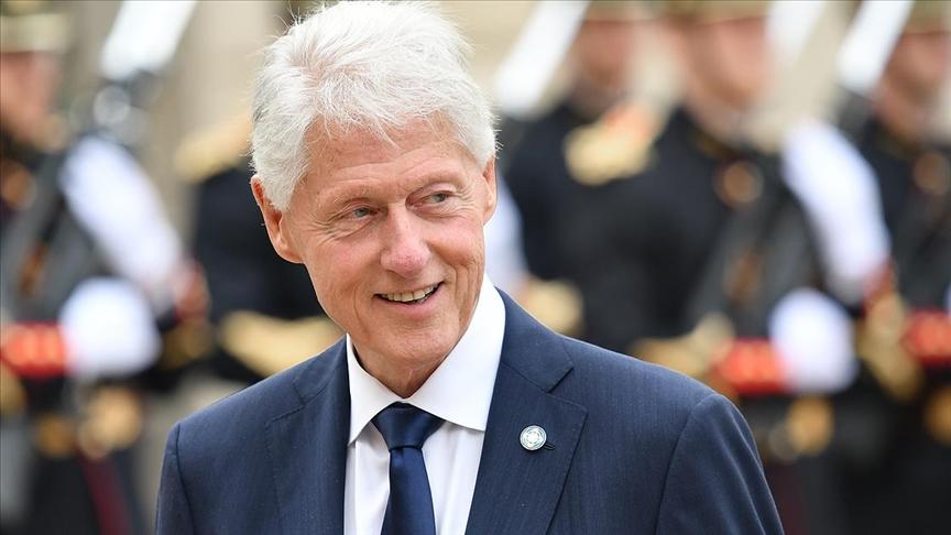 Eski ABD Başkanı Clinton hastanede tedavi görüyor
