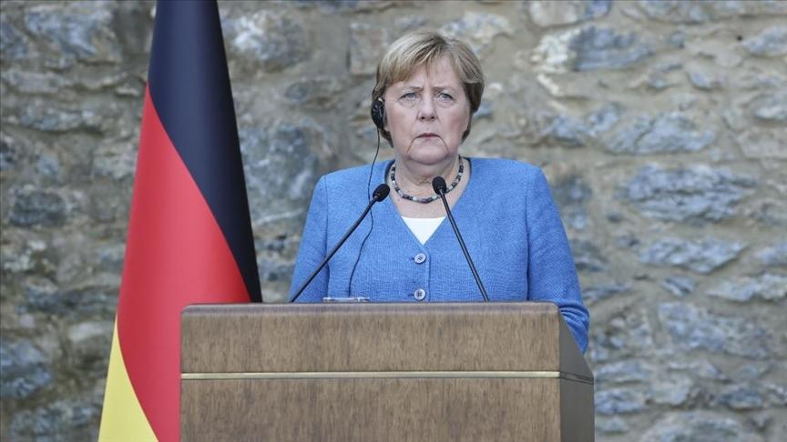 Almanya Başbakanı Merkel'den flaş açıklamalar