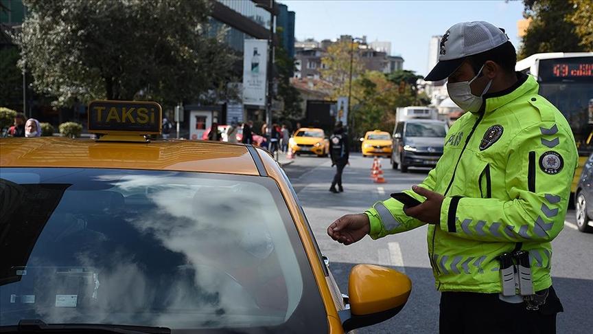 İçişleri Bakanlığı'nca Türkiye genelinde vale ve taksilere yönelik denetim yapıldı