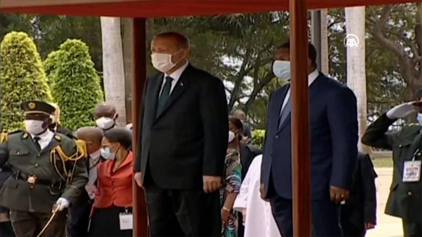 ..Cumhurbaşkanı Erdoğan Angola'da..