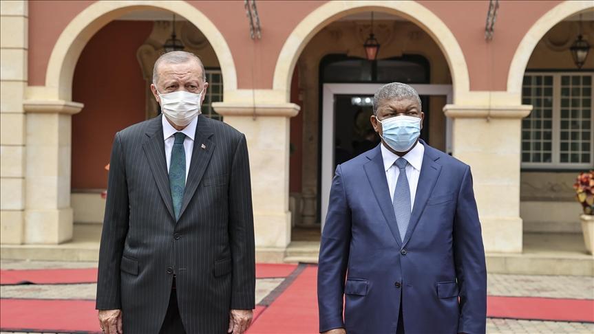 Cumhurbaşkanı Erdoğan Angola'da..