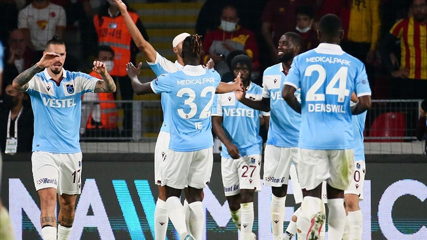 Trabzonspor liderliği bırakmadı