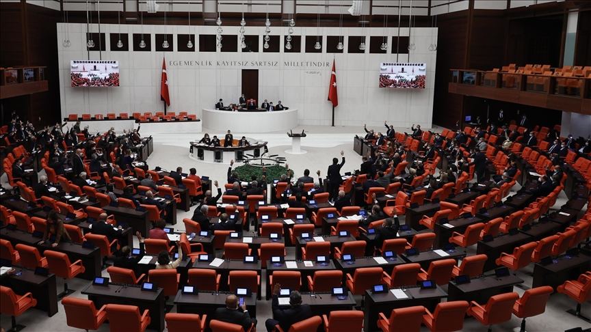 Meclis'ten 71 yılda 76 yurt dışına asker gönderme tezkeresine izin