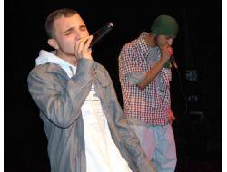 Rapçı Gençler Uyuşturucu İle Mücadeli İçin Grup Kurdu