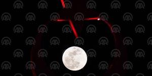 'Süper Kanlı Mavi Ay' tutulması