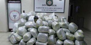 Diyarbakır'da 866 kilo 900 gram esrar ele geçirildi!