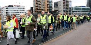 Hollanda'da 'sarı yelekliler' protestosu