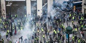 Fransa'da 'sarı yelekliler' protestosunda 700 gözaltı!