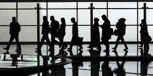 İstanbul havalimanları geçen yılın yolcusunu 11 ayda yakaladı