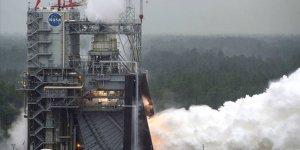 NASA, Ay seferlerinde kullanacağı roket motorunu test etti!