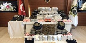 """""""İstanbul'da uyuşturucu tacirlerine büyük darbe"""""""