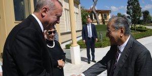 Erdoğan, Mahathir ile kahvaltıda buluştu!