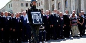 Eski Meclis Başkanı Bozbeyli için tören düzenlendi