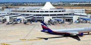 Antalya Havalimanı'na saatte 20 uçak indi