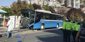 Ankara'da duraktaki yayalara çarpan özel halk otobüsünün şoförü tutuklandı
