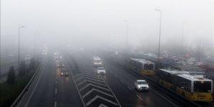 İstanbul'da yoğun sis etkili oluyor..