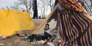 Sığınmacıların Avrupa yolunda 'umutlu' bekleyişleri devam ediyor
