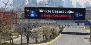 Ankara'da sokağa çıkma yasağının ardından cadde ve sokaklar boş kaldı
