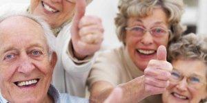 Uzmanlardan 'Yaşlılara yalnız olmadıklarını hissettirin' çağrısı