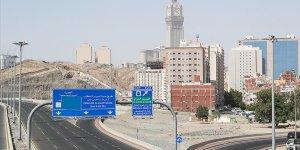 Suudi Arabistan'da sokağa çıkma yasağı kısmi olarak kaldırıldı
