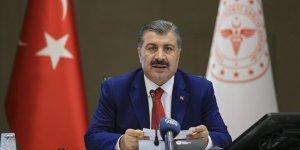 Sağlık Bakanı Koca: Vaka sayılarımızda azalma sürüyor..