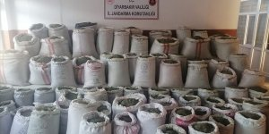 Diyarbakır'da 1 ton 207 kilogram esrar ele geçirildi!