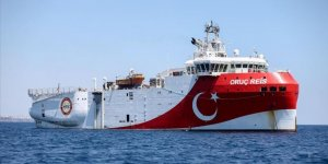 Bakan Dönmez: Oruç Reis, Akdeniz'in röntgenini çekmek için demir aldı