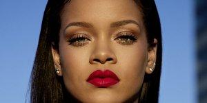 Rihanna Forbes'un kendi girişimleriyle zengin olan kadınlar listesine girdi