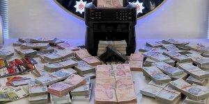 Ankara'da yasa dışı bahis operasyonunda 5 milyon lira nakit para ele geçirildi