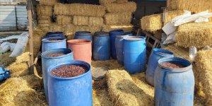 Adana'da 2 bin 600 litre sahte içki ele geçirildi