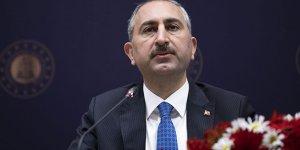Adalet Bakanı Abdulhamit Gül'ün annesi vefat etti