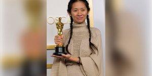 En iyi film Oscar'ını alan 'Nomadland'in yönetmeni Zhao'nun başarısı ülkesinde sansüre uğradı