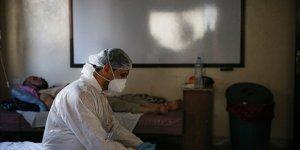 Suriye'de muhaliflerin kontrolündeki bölgelerde Kovid-19 vakaları yükselişe geçti