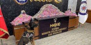 Mersin'de bir tırda 125 KİLO EROİN yakalandı!