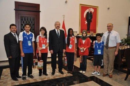 20 ülkeden 70 öğrenci Türkçe Olimpiyatları için Osmaniye'de