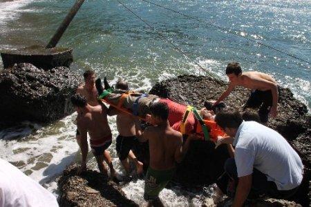 200 metreden şarampole yuvarlandı, emniyet kemeri hayata bağladı