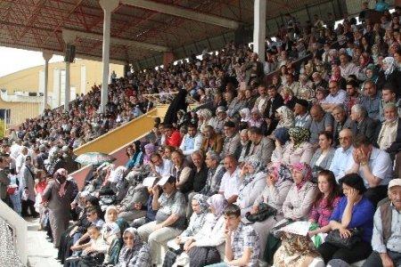 385 konuta 7 bin 900 müracaat yapıldı, kuralar stadyumda çekildi