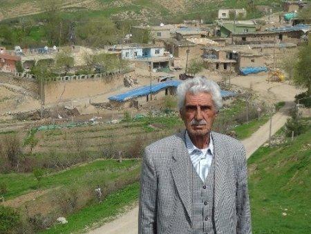 53 yıllık muhtar bu yıl da köyün yolunu asfaltlattıramazsa istifa edecek
