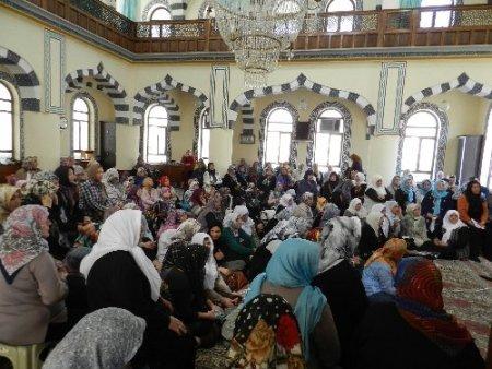 83 yaşında Kur'ân okumayı öğrendi