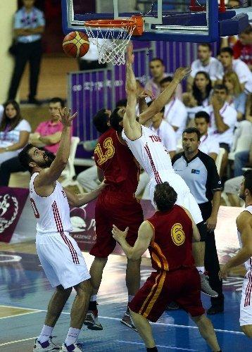 A Milli Basketbol Takımı, Tunus'la finale yükselmek için mücadele edecek