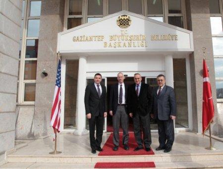 ABD Adana Konsolosu Espinoza: Türkiye'nin Suriye'ye yardımları takdire şayan