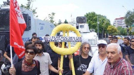 ABD Büyükelçiliğine sarı çelenkli protesto