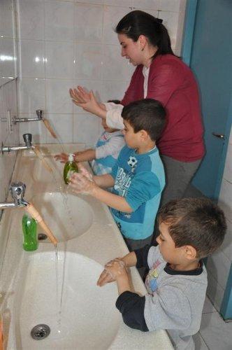 Adana'da 3 bin 639 çocuğa doğru el yıkama eğitimi verildi